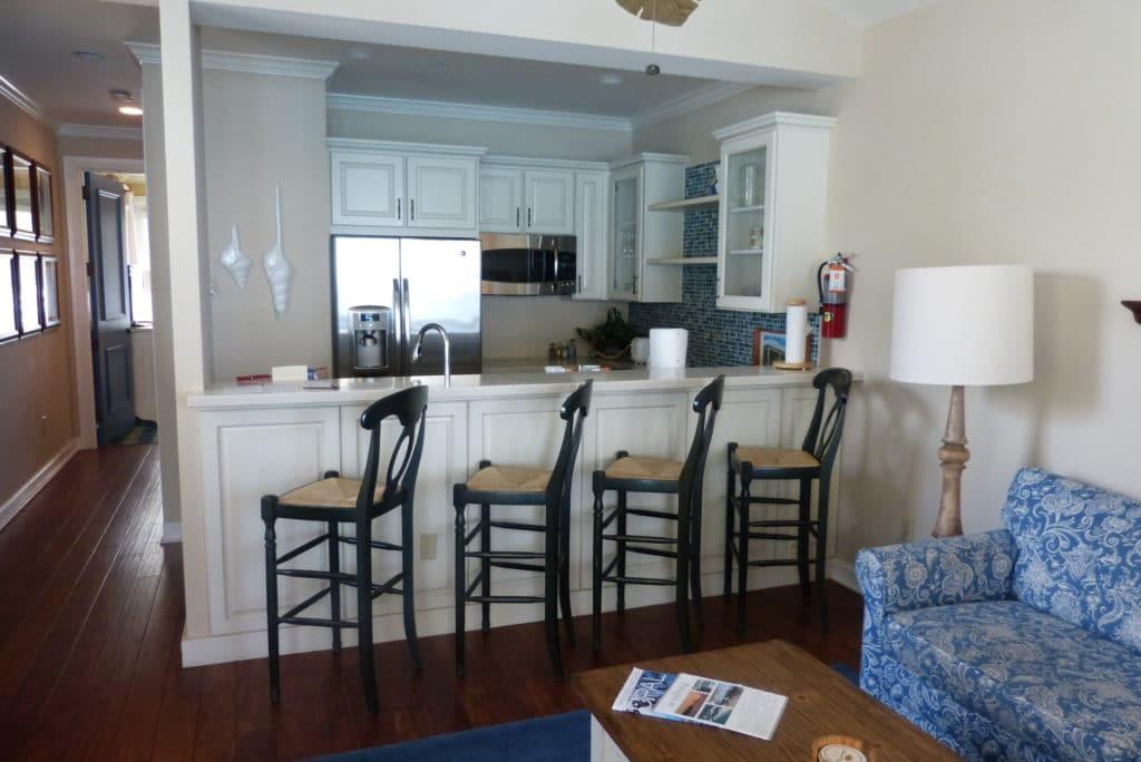 Westin Sunset Key Cottages - Living Room/Kitchen