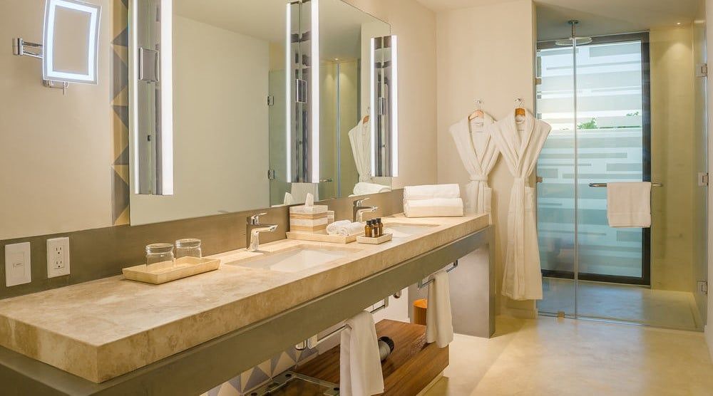 Andaz Mayakoba bathroom rainshower